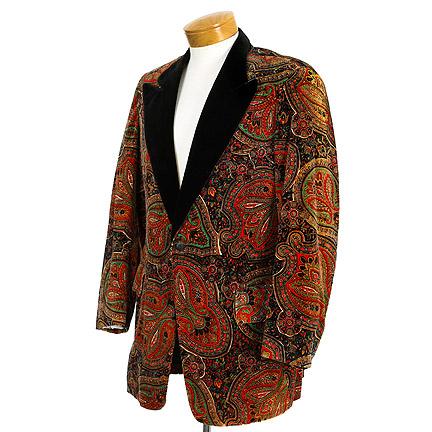 AMERICAN HUSTLE   Irving Rosenfeld (Christian Bale) Paisley Tux Jacket |  The Golden Closet