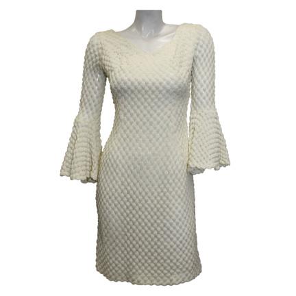 Beyonce Dreamgirls on Dreamgirls   Deena Jones  Beyonce Knowles  Crochet Wedding Dress   The